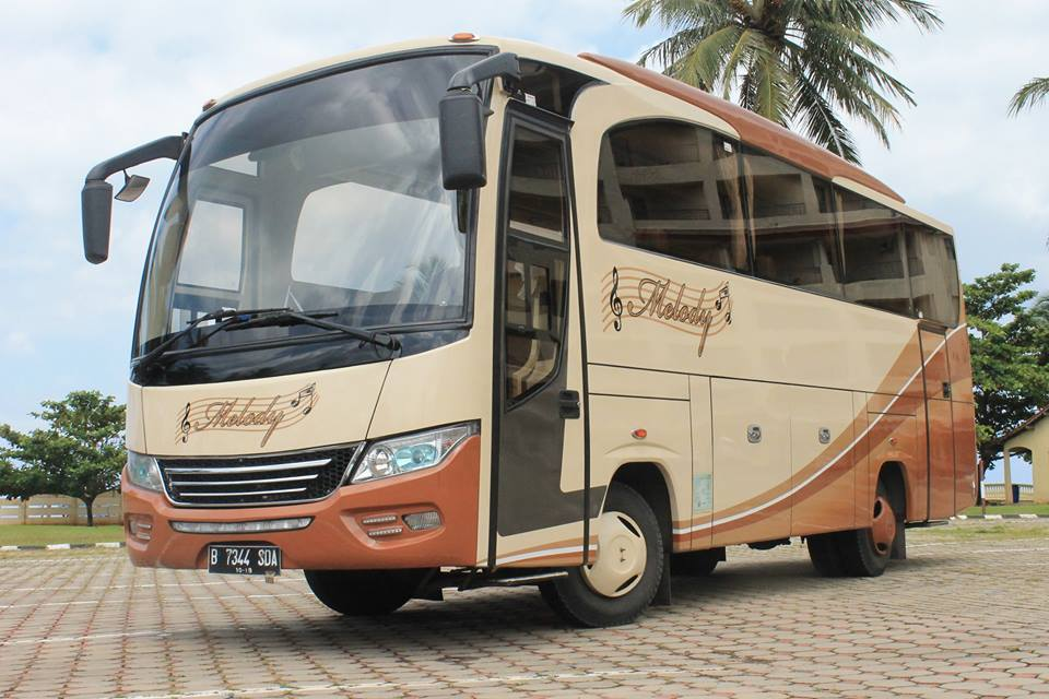 medium bus pariwisata melody transport sewa bus pariwisata murah di jakarta bekasi depok