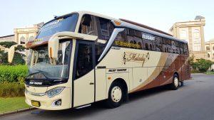 Bigbus Adiputro Jetbus 3+ Melody Transport sewa bus pariwisata jakarta