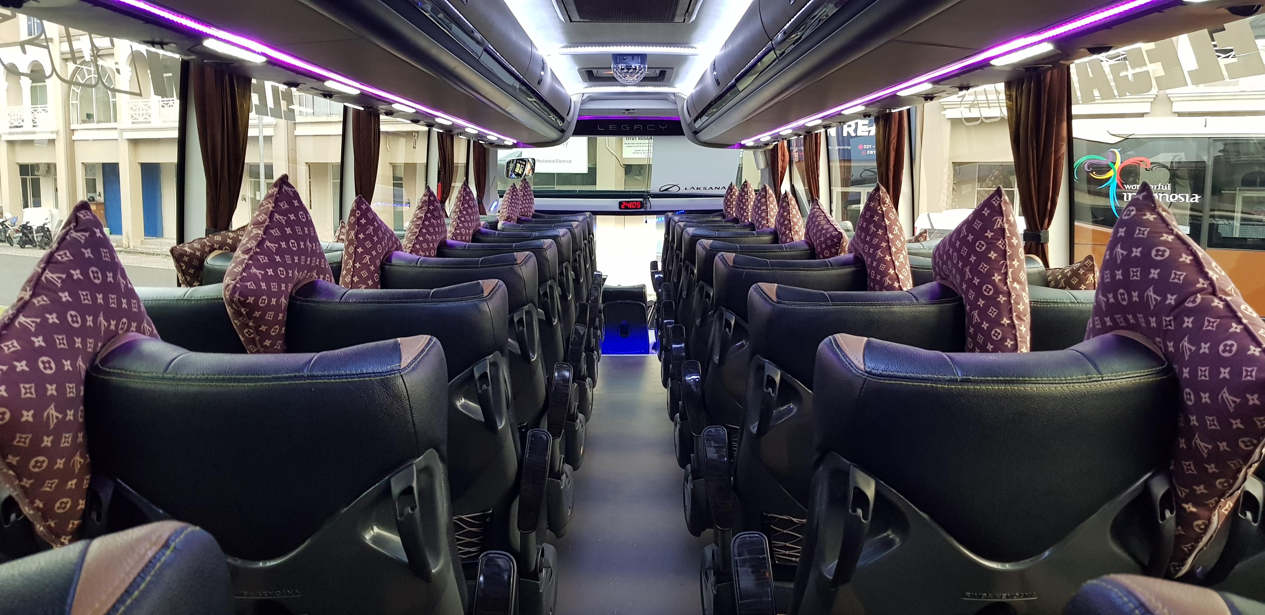 interior bus pariwisata melody transport, harga sewa bus pariwisata termurah di jakarta, bekasi, depok, tangerang
