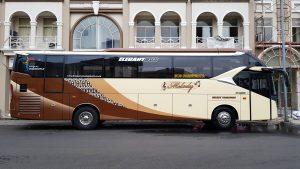 sewa bus pariwisata murah di jakarta, tangerang, bekasi, depok
